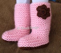 18 DOLL FLOWER KNIT BOOTS