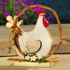 Chicken Crafts, Chicken Art, Wooden Crafts, Diy And Crafts, Wood Projects, Craft Projects, Palette Deco, Wood Craft Patterns, Chicken Painting