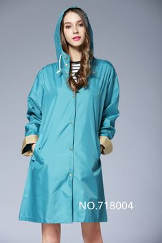 Bluse Outfit, Teen Hoodies, Waterproof Coat, Petite Outfits, Jacket Pattern, Outfit Combinations, Rain Wear, Grunge Outfits, Outfit Posts