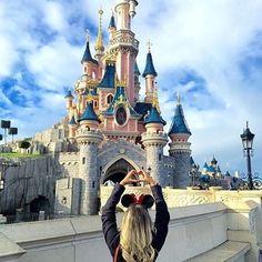 +=❤️ #Disneylandparis #Love (Credit:@lilian_pacheco)