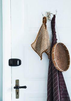 1609 Grytekluter. Gryteklut i vevemønster Straw Bag, Knitting, Crafts, Diy, Design, Pink, Trapper Keeper, Manualidades, Tricot