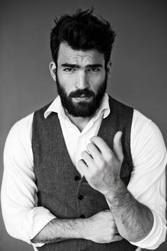 oh yeahhhh....... hair, beard, rolled up collared shirt, and a vest!