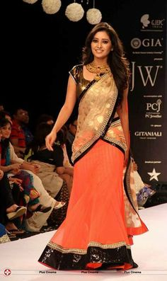 Asha Negi Walks Ramp