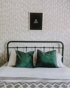 Accent Walls In Living Room, Accent Wall Bedroom, Living Room Paint, Guest Room Paint, Welcome To My House, Guest Bedrooms, New Room, Lipstick, Room Decor