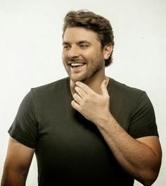 Chris Young. I get to see him TONIGHT!! I'm Soooo frickin excited!!! :D