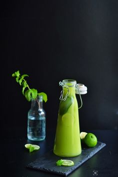 Spices and Treats: Avocado Mint Limeade Lime Drinks, Yummy Drinks, Healthy Sweets, Healthy Drinks, Indian Food Recipes, My Recipes, Non Alcoholic Drinks, Beverages, Fresh Fruit Salad