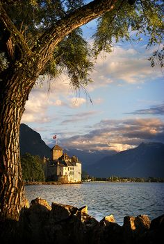 Places I've been: Chateau de Chillon, Switzerland (by Stefan Kemp).
