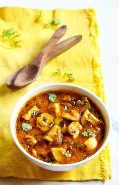 mushroom methi mushroom restaurant style recipe – curried dish made with button mushrooms and fenugreek leaves.methi mushroom restaurant style recipe – curried dish made with button mushrooms and fenugreek leaves. Mushroom Recipes Indian, Indian Food Recipes, Asian Recipes, Vegetarian Recipes, North Indian Recipes, Indian Foods, Indian Dishes, Healthy Cooking, Gourmet