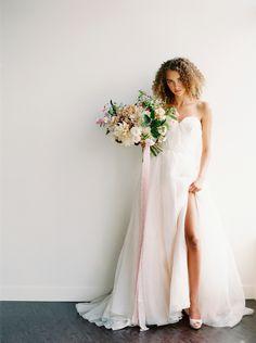 bridal bouquet inspiration white peach blush dahlias | Calgary Wedding Photographers | Fine art film photography | bridal session | minimal photography