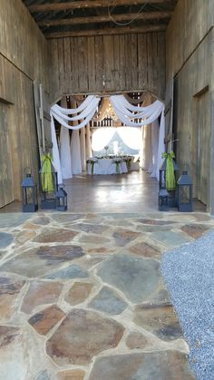 Come visit us at Creekside Barn  for  your special Day!
