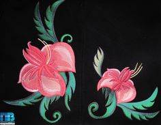 Вышитые на пальто цветы #embroidery #flowers #вышивка