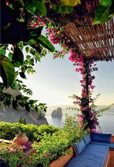A perfect lazy Sunday destination . a beautiful home on the Island of Capri, Italy . what a view!Matteo Thun in Capri Places Around The World, The Places Youll Go, Places To See, Dream Vacations, Vacation Spots, Beautiful World, Beautiful Places, Amazing Places, Beautiful Flowers