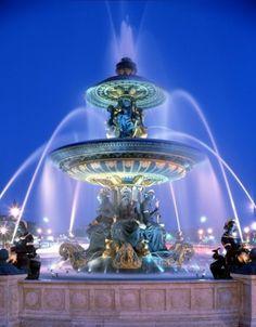 Fontaine des Fleuves, Place de la Concorde, Paris