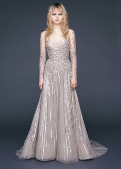 Reem Acra Pre-Fall 2016 Fashion Show http://www.vogue.com/fashion-shows/pre-fall-2016/reem-acra/slideshow/collection#2