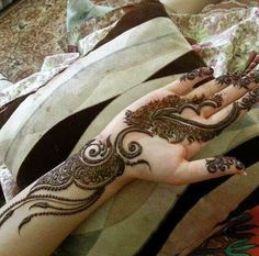 Latest Mehndi Designs   Mehndi Designs For Hands And Feet