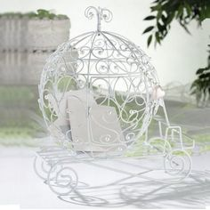 L'urne de mariage carrosse http://www.decorationsdemariage.fr