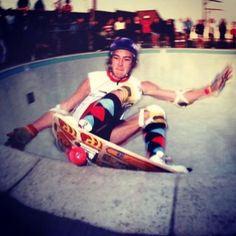 Shreddi Repas @ Marina's Dogbowl Old School Skateboards, Vintage Skateboards, Skate Photos, Skate And Destroy, Z Boys, Tony Hawk, Surfs Up, Skateboarding, Skating
