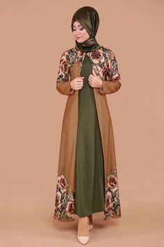 Hırkası Gül Desen 2'li Takım Taba&Haki Ürün kodu: BNM00244 --> 109.90 TL Islamic Fashion, Muslim Fashion, Modest Fashion, Burqa Designs, Abaya Designs, Niqab Fashion, Fashion Outfits, Womens Fashion, Modele Hijab