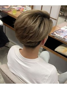 Undercut Hairstyles Women, Undercut Long Hair, Asian Men Hairstyle, Boy Haircuts Long, Boys Long Hairstyles, Cut My Hair, Hair Cuts, Hair Style Korea, Medium Hair Styles