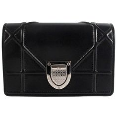 Preowned Christian Dior Diorama Black Mini Crossbody Bag Leather... (19,020 GTQ) ❤ liked on Polyvore featuring bags, handbags, shoulder bags, black, leather crossbody purses, leather cross body purse, genuine leather handbags, leather crossbody handbags and genuine leather shoulder bag