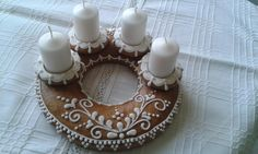 Advent Wreath, Gingerbread Cookies, Tea Lights, Wreaths, Candles, Christmas, Inspiration, Wafer Cookies, Gingerbread Cupcakes