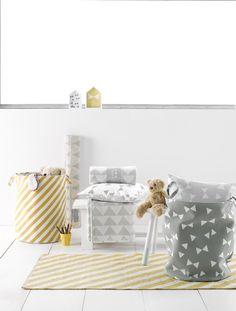 Rug Stripes Mustard #vloerkleed | Roomblush