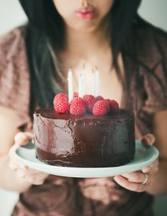 Desserts for Breakfast: Current Food Photography Styles and Trends: A Cake Case Study