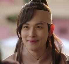 Im Siwan, Best Kdrama, Korean Artist, Korean Actors, Cool Pictures, That Look, King, Artists, Celebrities
