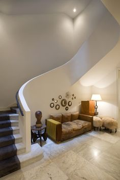 Upper East Side Entrance/Staircase - William T Georgis