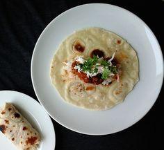 Hotplate Cooking: Chili Burritos   http://www.soydivision.co.uk/2014/04/21/hotplate-cooking-chili-burritos/