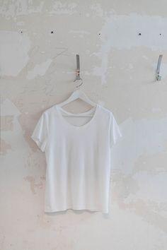 Locker sitzendes T-Shirt Schnittmuster inkl. Anleitung - Nähanleitungen bei Makerist sofort runterladen