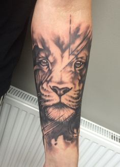Abstract/realism Lion Tattoo