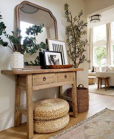 Butcher Table, Entryway Decor, Wall Decor, Rustic Entryway, Rustic Mirrors, Decoration Inspiration, Decor Ideas, Home Decor Furniture, Home Decor Accessories