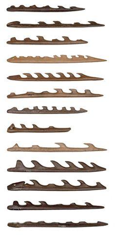 Harpunerne. De harpuner, der blev benyttet til jagt på bl.a. elsdyr i Maglemosetiden, er oftest lavet af lemmeknogler fra elsdyr og kronhjort. Harpunjagt blev benyttet gennem en længere periode i Skandinavien,  og selve spidsens udformning ændredes i takt med, at man foretrak forskellige byttedyr.  I Danmark har man i tre tilfælde fundet harpuner i nærheden af dyreskeletter.  Harpuner findes i mange forskellige størrelser.