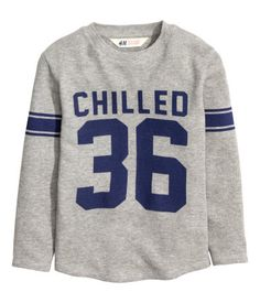 Gray. Long-sleeved T-shirt in soft, waffled jersey with a printed design.