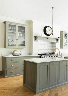 Home Decorating Websites Stores Devol Kitchens, Grey Kitchens, Modern Farmhouse Kitchens, Home Kitchens, Modern Kitchen Interiors, Home Decor Kitchen, Kitchen Living, Kitchen Ideas, Kitchen Inspiration