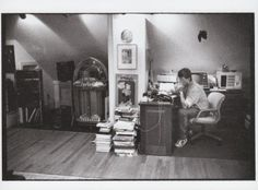 This picture of Stephen King reminds me of the barn loft in Lizzy's Story. GREATNESS...