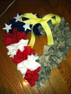 Half my Heart Deployment Wreath/ support of Military wreath. Flag Wreath, Patriotic Wreath, Patriotic Crafts, 4th Of July Wreath, Heart Wreath, Military Wreath, Military Crafts, Wreath Crafts, Diy Wreath