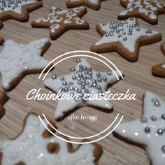 ciasteczka na choinke z pieprzem nigella lawson Nigella Lawson, Gingerbread Cookies, Baking, Desserts, Food, Gingerbread Cupcakes, Tailgate Desserts, Deserts, Bakken