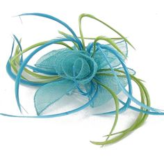 definitely considering these for the bridesmaids.  these semi-fascinators are so delicate, but not too traditional and stuffy