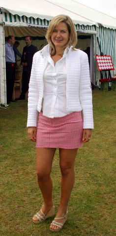 Penny Smith pictures and photos Penny Smith, Tv Girls, Elizabeth Hurley, Tv Presenters, Great Legs, Satin Blouses, Sexy Older Women, Celebs, Celebrities