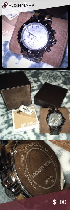 MICHAEL KORS Chrono Watch - Tortoise Shell ⏱Preloved condition, has signs of wear, please review pictures.  (new watch battery installed on 09/22/16) Comes with box, booklet, tag, and extra link⏱ (lower on ♏️)  Color: Tortoise Shell acrylic and gunmetal gray stainless steel Model: MK5501 Michael Kors Accessories Watches
