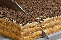 Prajitura Vladut cu nuca o prajitura de casa deosebita Romanian Desserts, Romanian Food, Cake Slicer, Cake Recipes, Dessert Recipes, Delicious Deserts, Oreo Dessert, Sweet Cakes, Holiday Desserts
