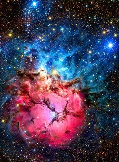The Trifid Nebula (aka M20) lies @ 5,000 lya toward the nebula rich constellation Sagittarius. A star forming region illustrates 3 types of nebulae: red emission, dominated by light emitted by hydrogen atoms, blue reflection, produced by dust reflecting starlight & dark nebulae. Pillars & jets sculpted by newborn stars, below & left of the emission nebula's center, appear in Hubble's close-up images. The Trifid Nebula is about 40 light-years across.