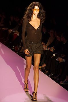 SPRING 2002 READY-TO-WEAR Gucci. Love, love,love this collection...my favorite ever!