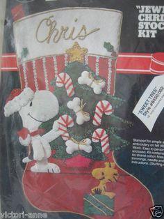 Vintage Malina Sweet Tree Snoopy Felt Stocking Kit Peanuts Christmas 8450 New