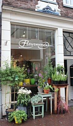 https://flic.kr/p/y93hQv | bloemenwinkel in amsterdam