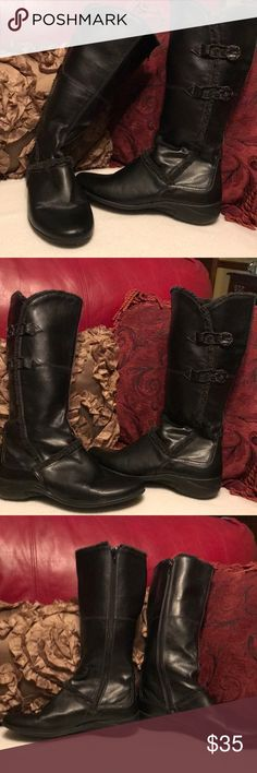 Hush Puppies Black Boots with Black fur trim Hush Puppies black boots with black fur trim. Excellent condition only worn once and that was in the house. EUC Hush Puppies Shoes Winter & Rain Boots