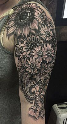 Think minute about detailing a sunflower tattoo. Obtaining a sunflower tattoo is a basic decision and a whopping thing. Sunflower tattoos are produced in several of various styles. 4 Tattoo, Alien Tattoo, Piercing Tattoo, Tattoo Life, Tattoo Feather, Tattoo Wolf, Tattoo Skin, Gold Tattoo, Armband Tattoo