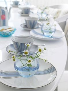 Simplicity and romantic, nice for sunny day